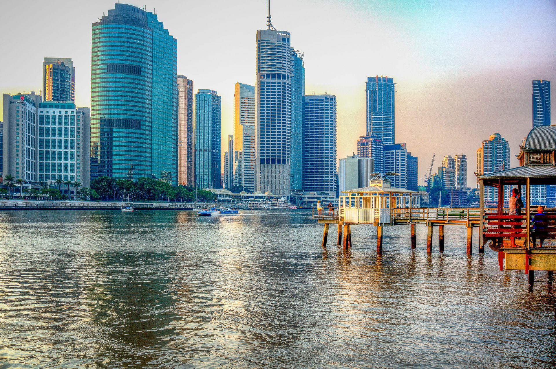 Brisbane řeka a budovy
